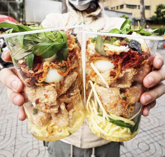 Thường xuyên bị... tào tháo rượt, tăng 10kg kể từ lúc làm food blogger: Ăn Sập Sài Gòn không hề sướng như mọi người nghĩ